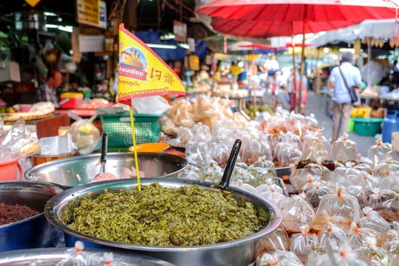 Vegetarische Nahrung im Markt mit vegetarischem Festival lizenzfreie stockbilder