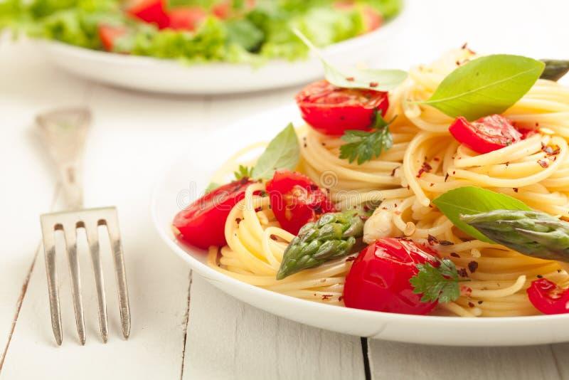 Vegetarisk spagettipasta royaltyfri fotografi