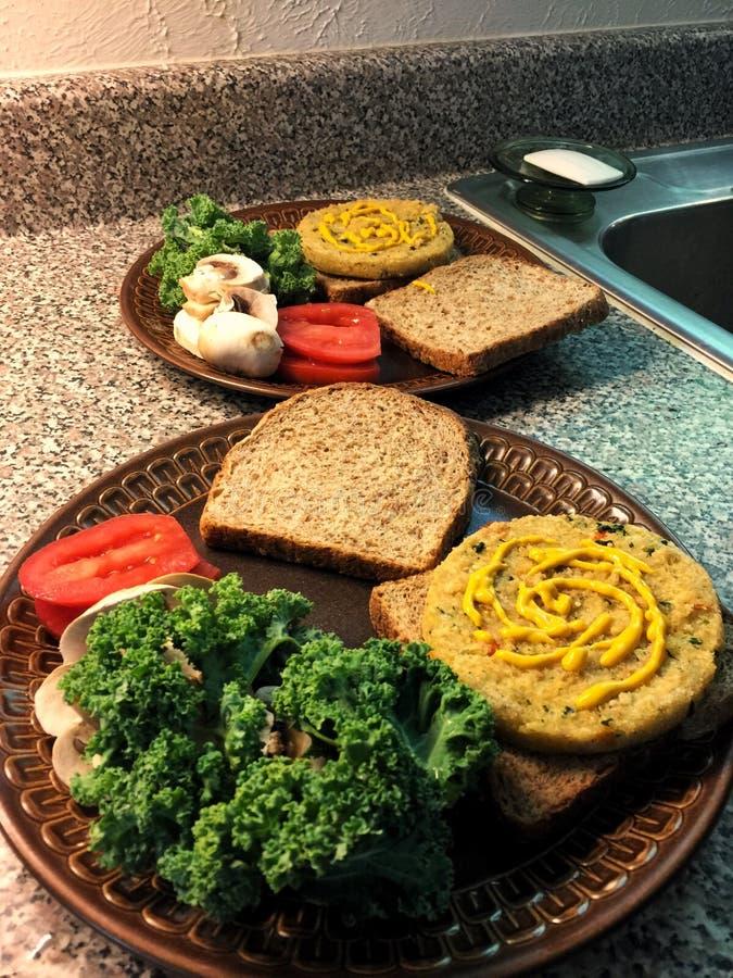 Veggie hamburgery zdjęcia stock