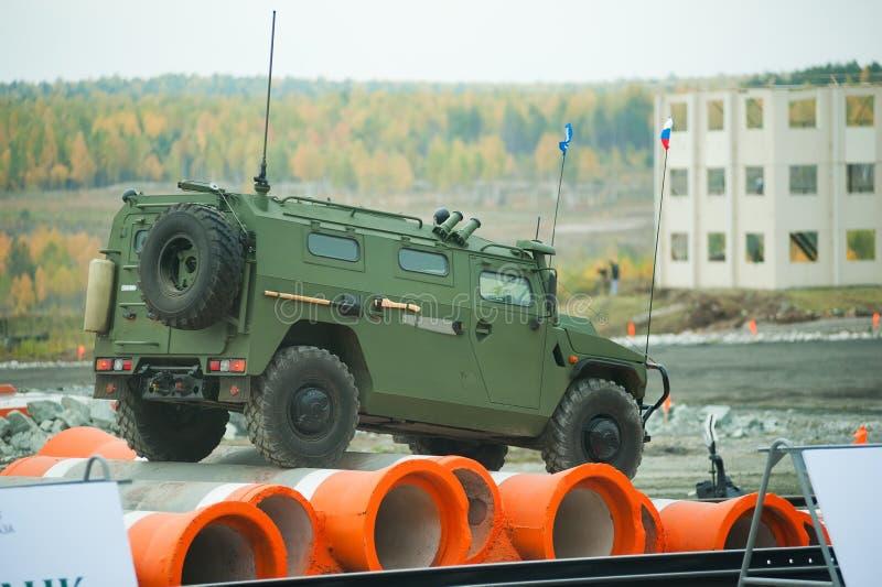 Vehículo blindado de VPK-233115 Tigr-M fotos de archivo
