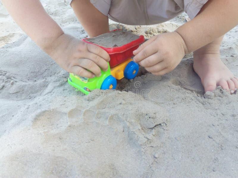 Vehículo de ancho de juego infantil foto de archivo