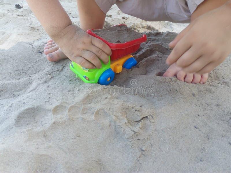Vehículo de ancho de juego infantil imagen de archivo libre de regalías