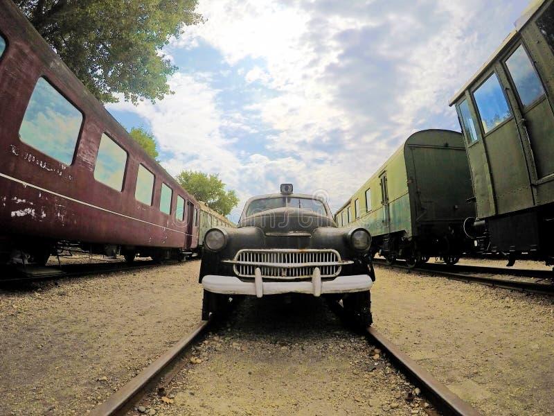 Vehículo de carril en el museo ferroviario húngaro foto de archivo