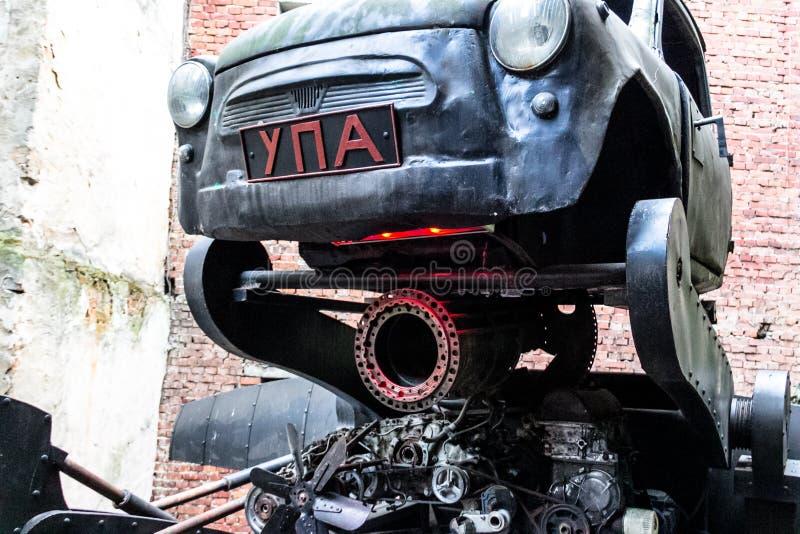 Vehículo de Steampunk en Ukrain imagen de archivo libre de regalías