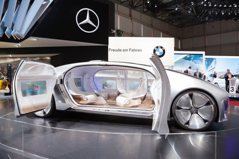 Vehículo del concepto de Mercedes-Benz F 015 fotos de archivo