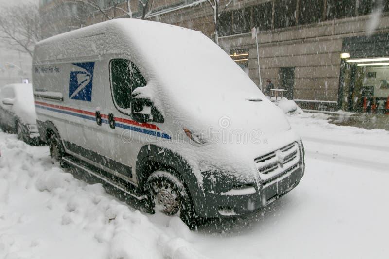 Vehículo del correo Nevado los E.E.U.U. imágenes de archivo libres de regalías