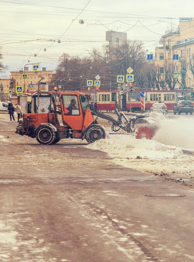 Veicoli di rimozione di neve fotografia stock libera da diritti
