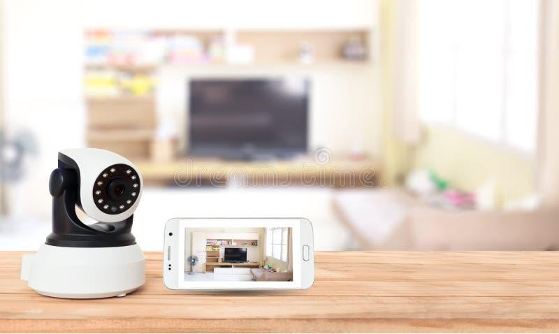 Veiligheidscamera op Houten lijst IP camera royalty-vrije stock foto
