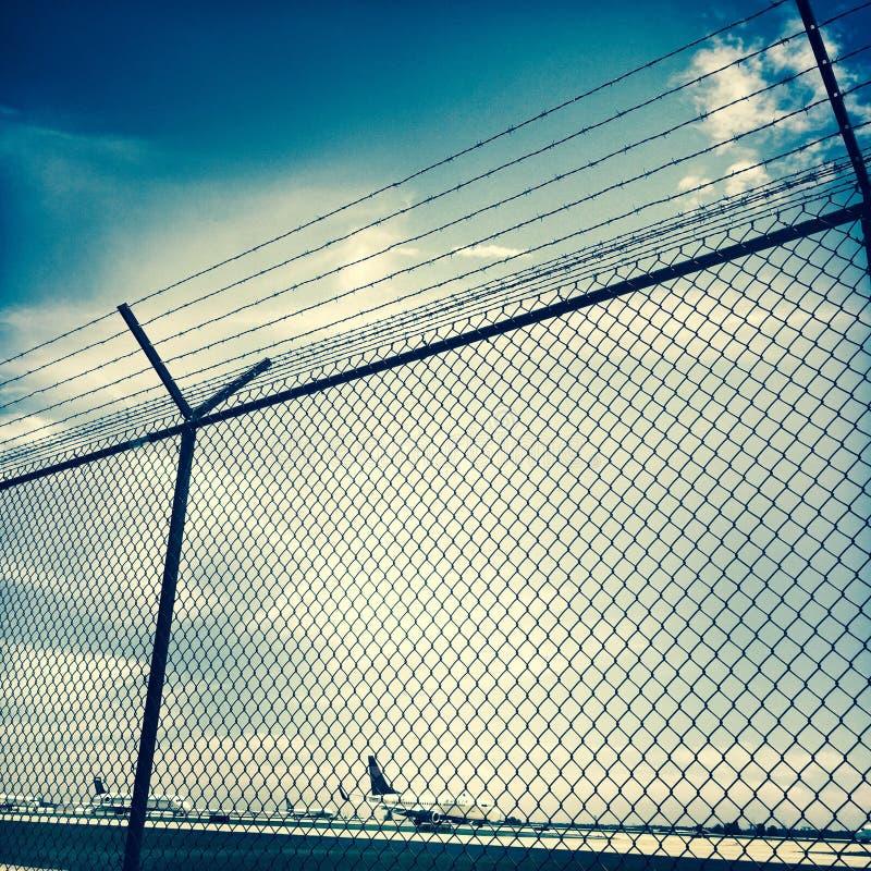 Veiligheidsomheining, de Luchthaven van Atlanta Hartsfield royalty-vrije stock foto's