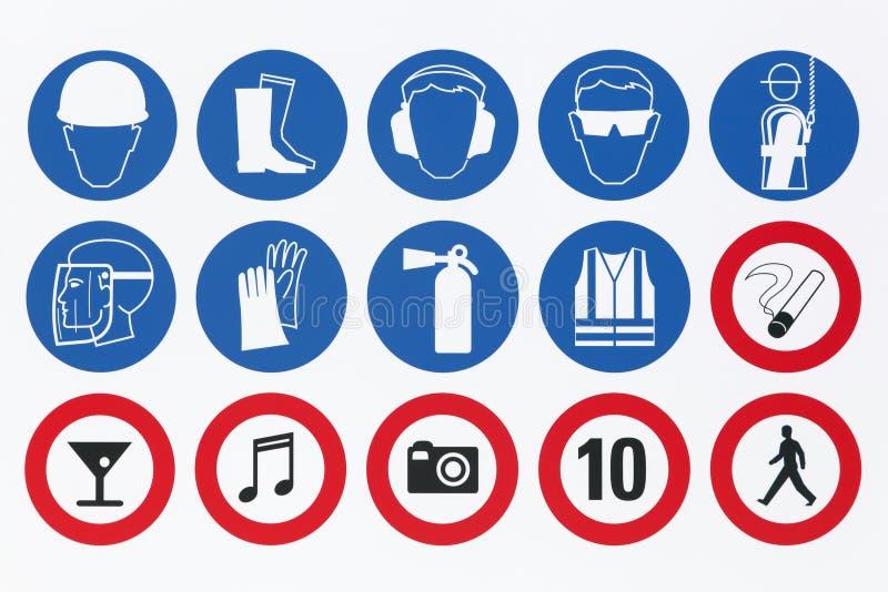 Veiligheidstekens op een uithangbord royalty-vrije illustratie