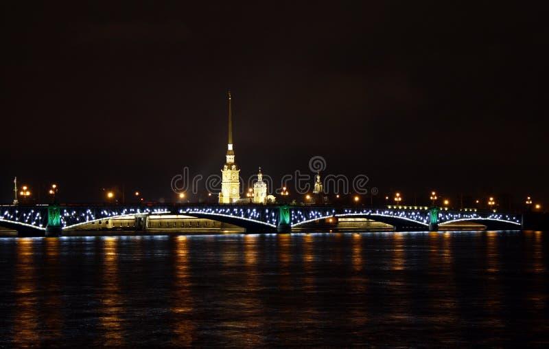 Veiw di notte di St Petersburg fotografie stock