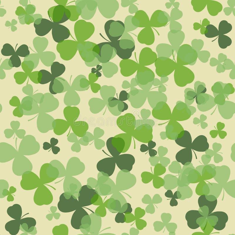 Vektor-St Patrick Tagesnahtloses Muster Grüner Klee verlässt auf weißem oder beige Hintergrund stock abbildung