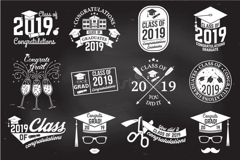 Vektorgrupp av emblem 2019 Begrepp för skjortan, trycket, skyddsremsan, samkopieringen eller stämpeln, hälsning, inbjudankort stock illustrationer