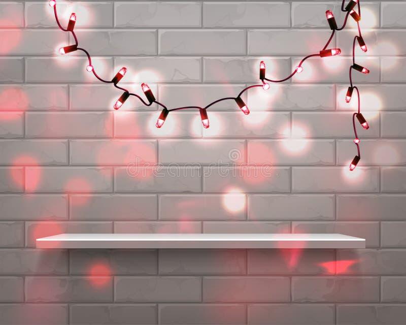 Vektorillustration av den realistiska vita hyllan framme med röda girlandljus på bakgrund för tegelstenvägg med att glöda stock illustrationer