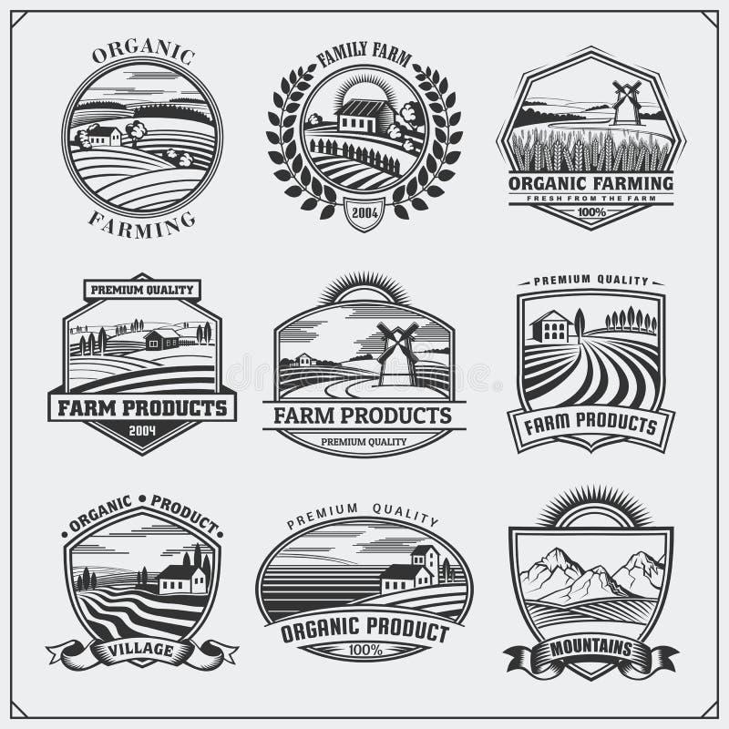 Vektorillustration av retro landskap Etiketter för ny mat för lantgård, emblem, emblem och designbeståndsdelar Organisk och ekolo royaltyfri illustrationer