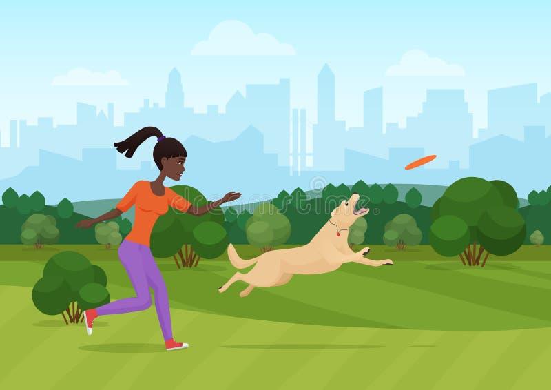 Vektorillustrationen av den afrikanska kvinnan som kastar frisbeen och spelar med hunden parkerar in vektor illustrationer
