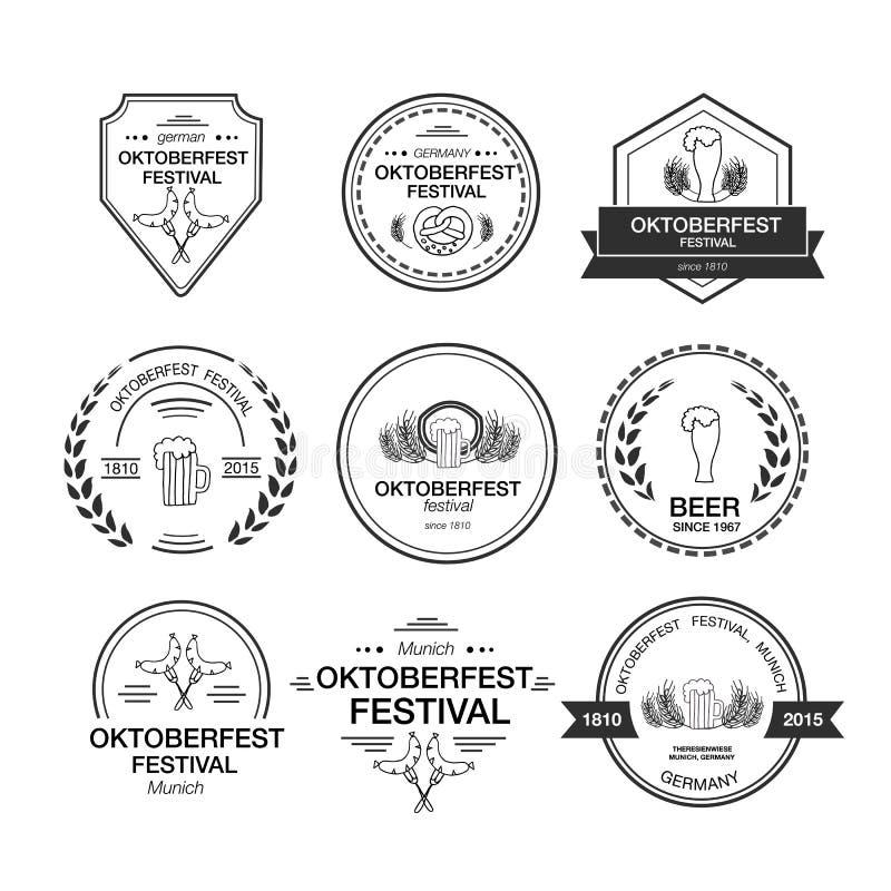 Vektorsamling av Oktoberfest hand drog logomallar royaltyfri illustrationer