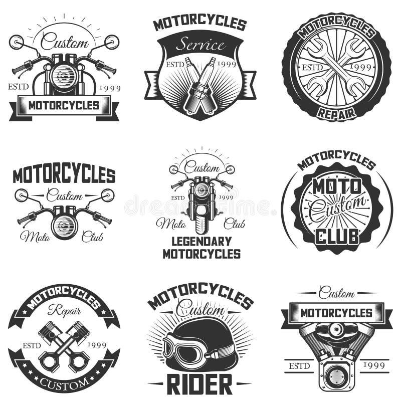 Vektoruppsättning av tappningmotorcykelemblem, etiketter, emblem och logoer royaltyfri illustrationer