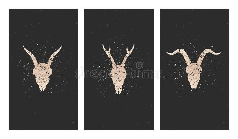 Vektoruppsättning av tre illustrationer med guld- konturskallar hjortar, getter och grungebeståndsdelar på svart bakgrund stock illustrationer