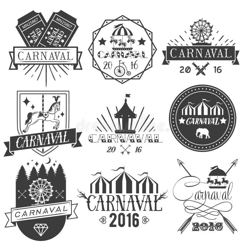 Vektoruppsättningen av cirkus- och karnevaletiketter i tappning utformar Planlägg beståndsdelar, symboler, logoen, emblem, isoler stock illustrationer