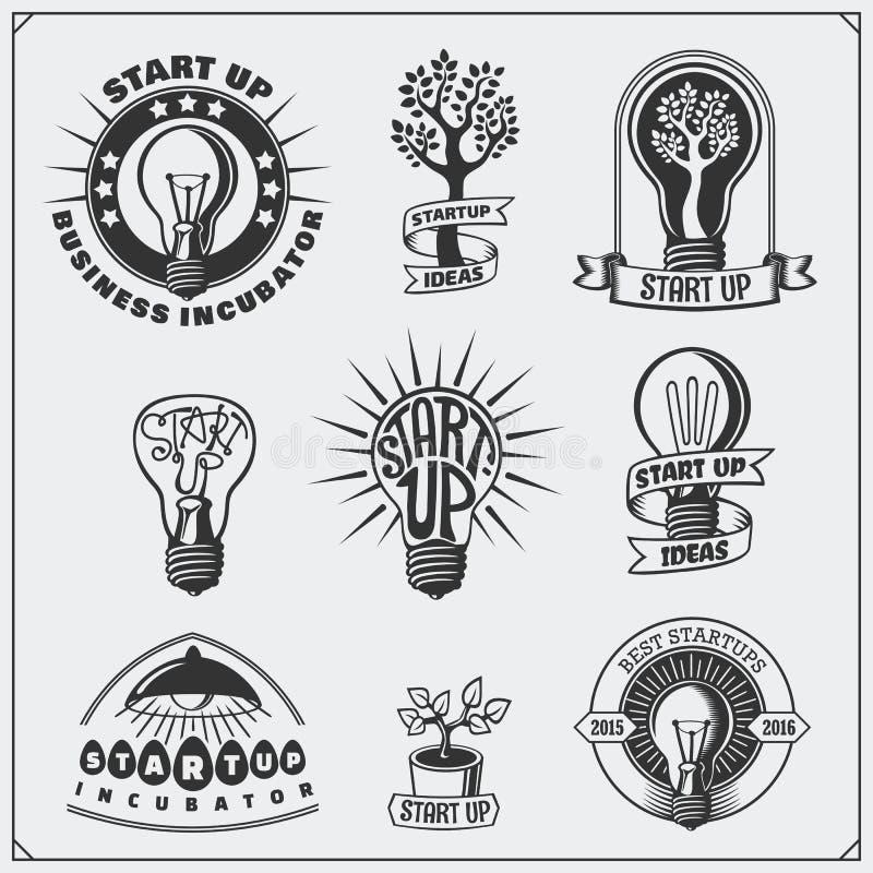 Vektoruppsättningen av idén, affären, begreppet och projektet startar upp logoer, symboler, emblemet och etiketter royaltyfri illustrationer