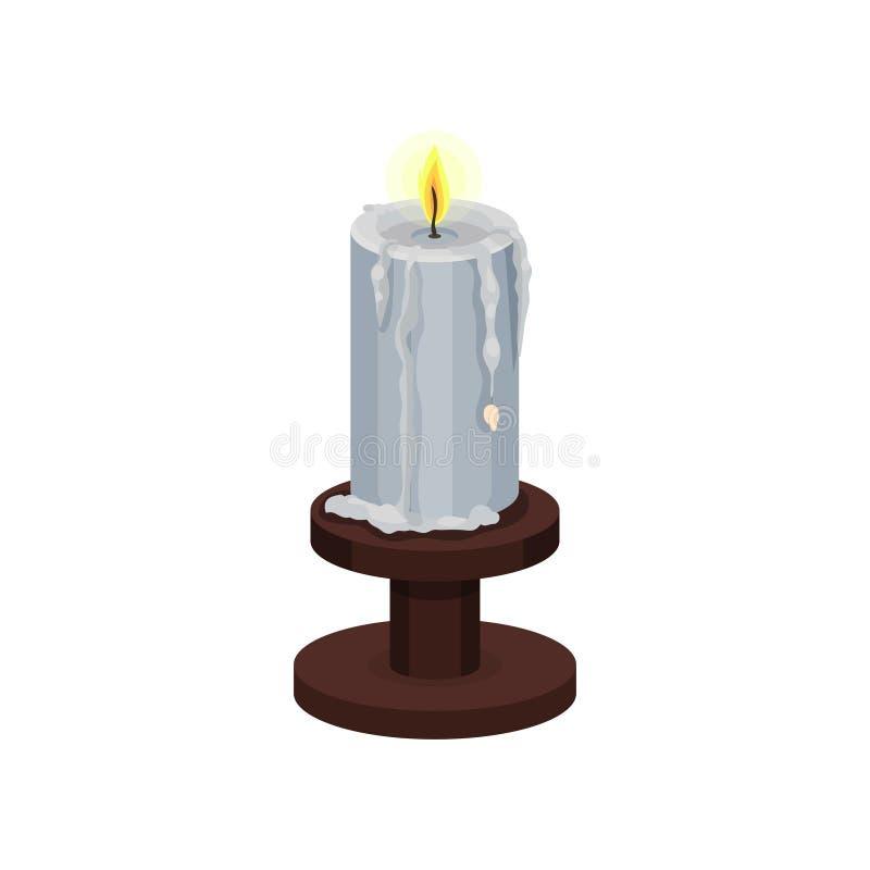 Vela ardiendo con la cera de fusión en la pequeña palmatoria de madera Llama amarilla brillante Artículo para la adivinación Icon libre illustration