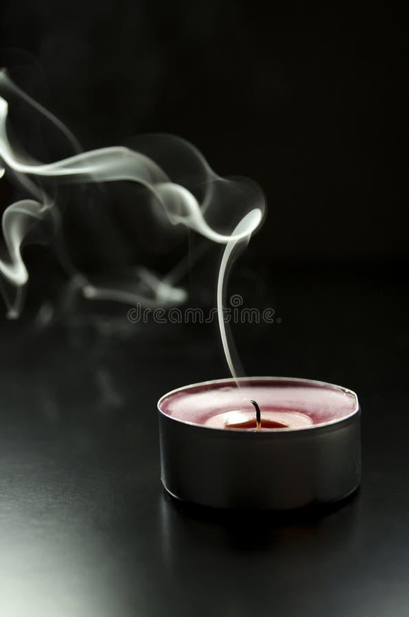 Vela que fuma imágenes de archivo libres de regalías