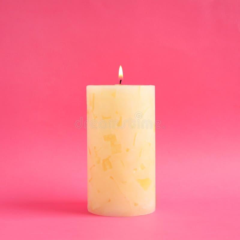 Vela scented da cera Alight imagens de stock