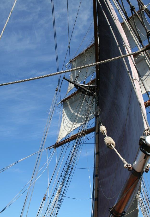 Velas altas do navio imagens de stock royalty free