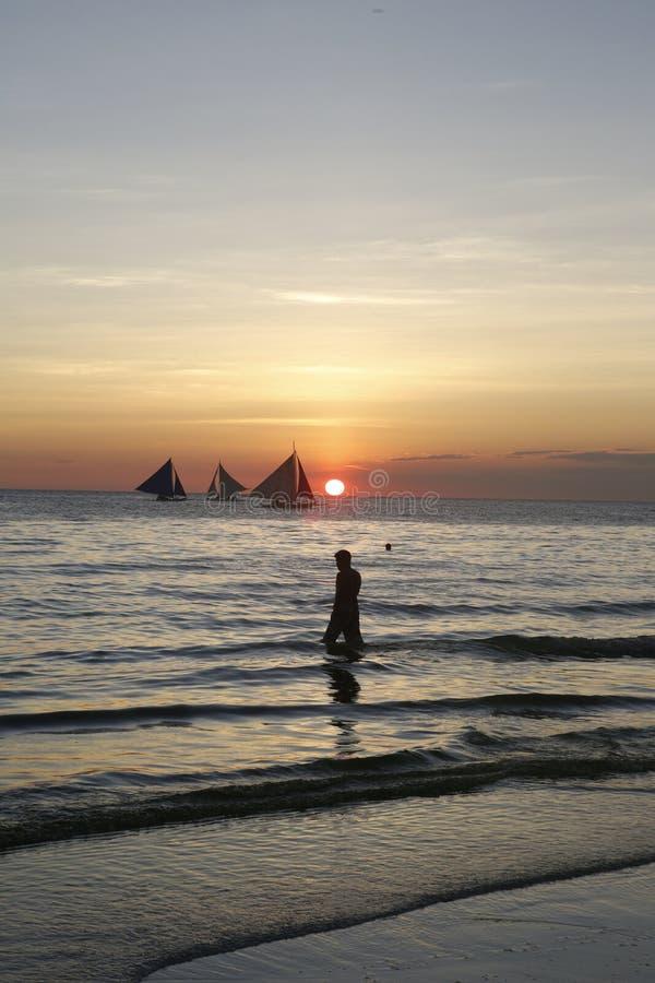 Velas de la puesta del sol fotografía de archivo libre de regalías