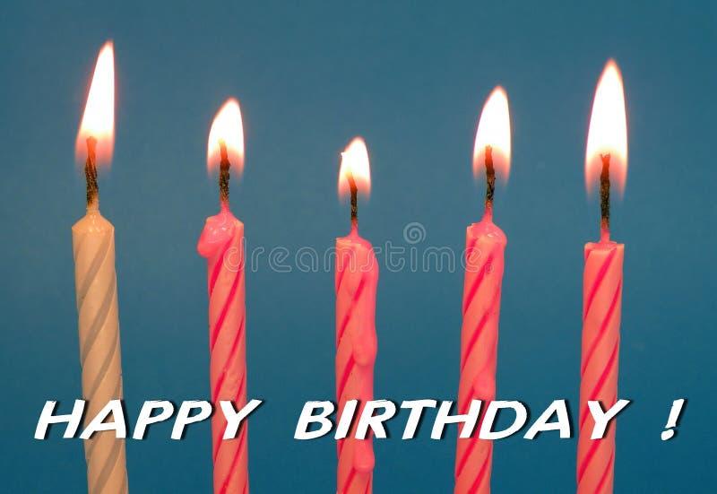 Velas de queimadura - cartão do feliz aniversario fotografia de stock