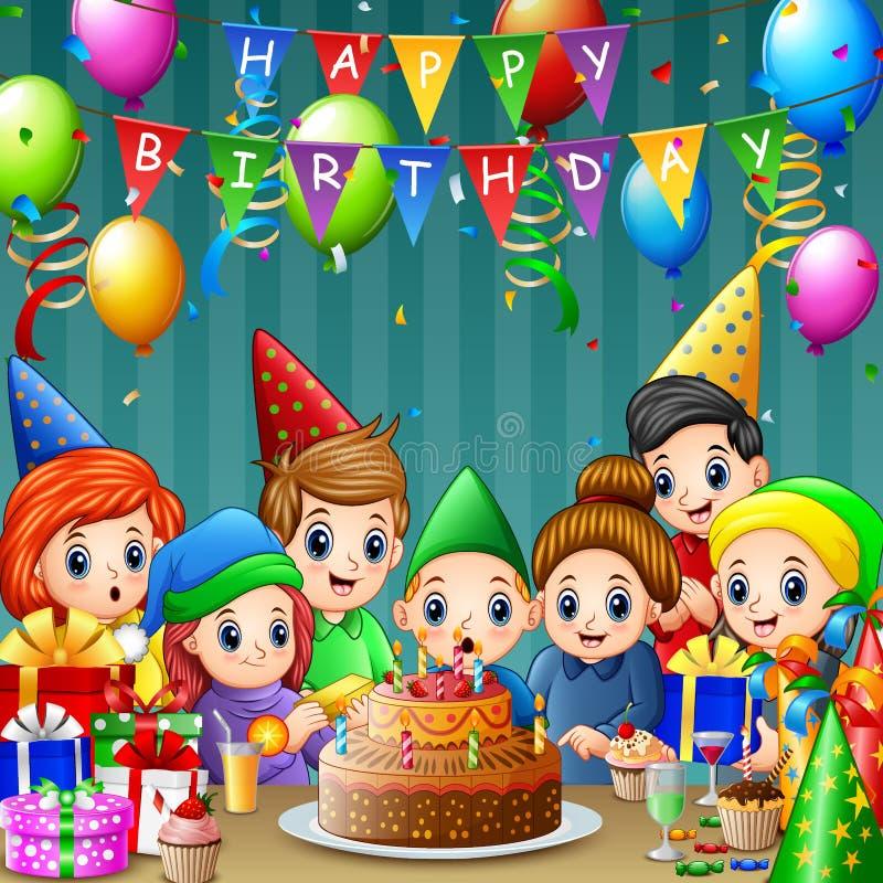 Velas de sopro do aniversário do menino feliz com seus família e amigos ilustração royalty free