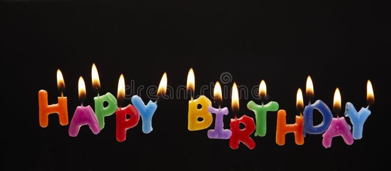 Velas del feliz cumpleaños imágenes de archivo libres de regalías