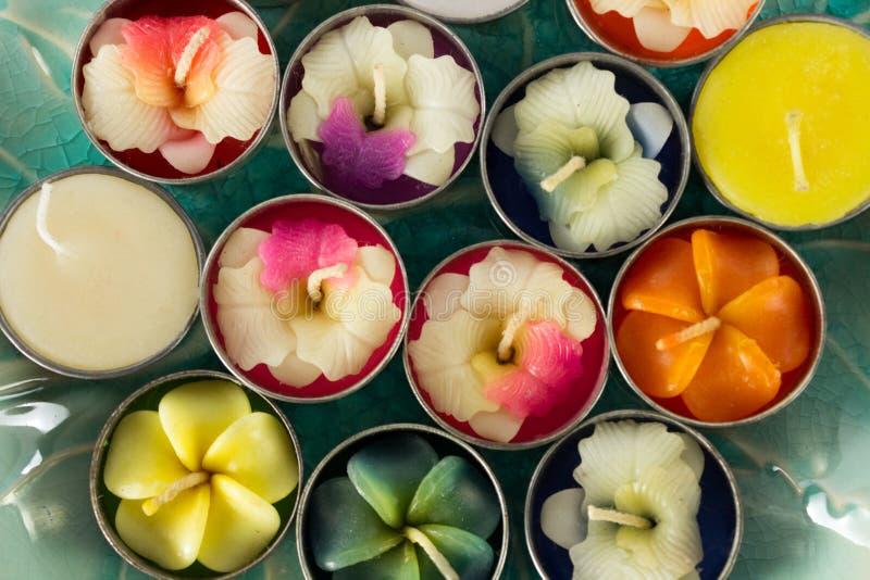 Velas formadas flor fotos de archivo