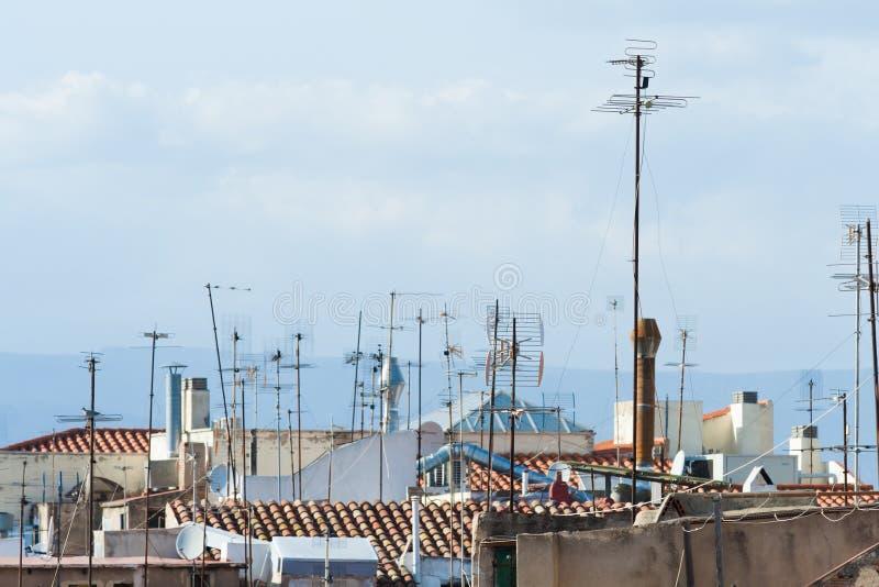 Vele antennes op de daken royalty-vrije stock afbeelding