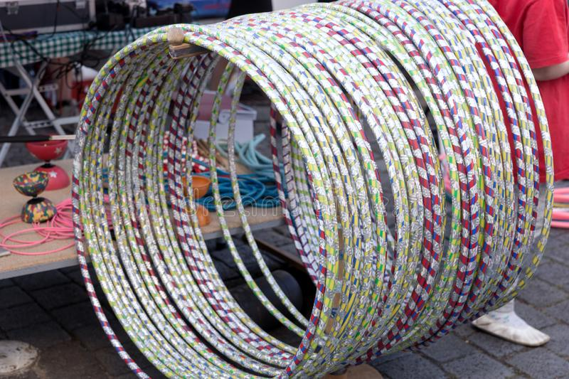 Vele Hula-Hoepels in verschillende kleuren royalty-vrije stock fotografie