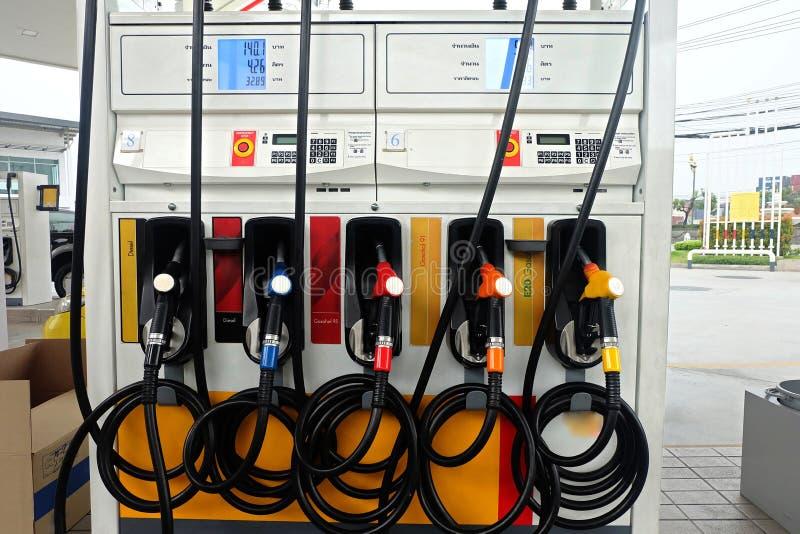 Vele olieautomaten in de Oliepost royalty-vrije stock afbeelding