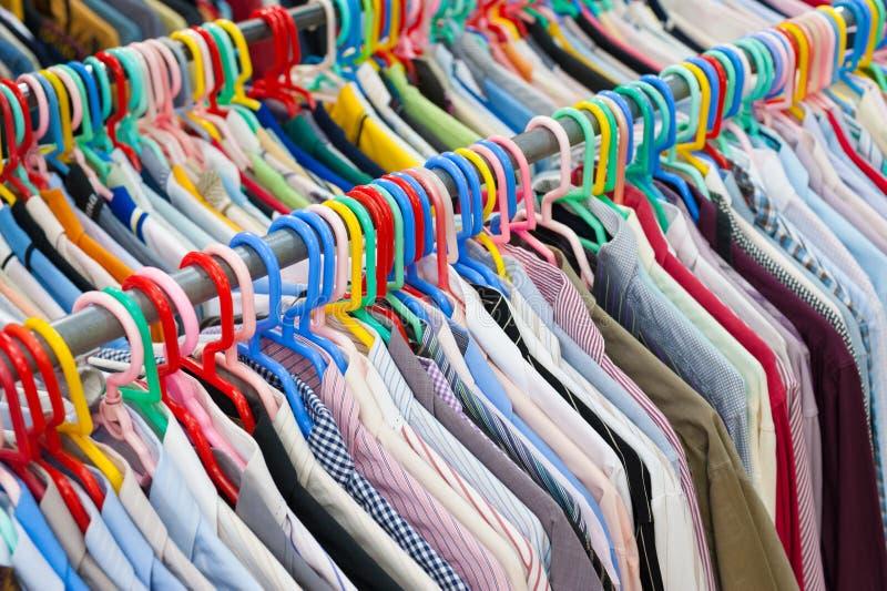 Vele overhemden royalty-vrije stock afbeeldingen