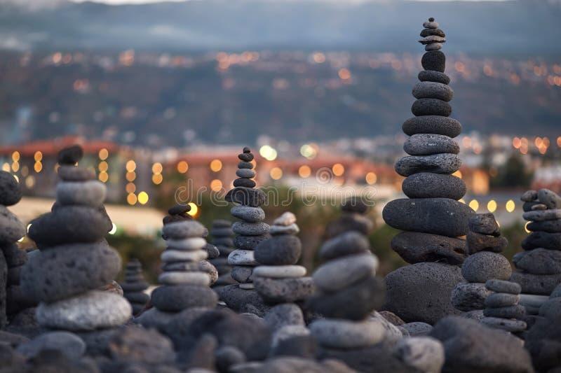 Vele ronde stenen stock foto