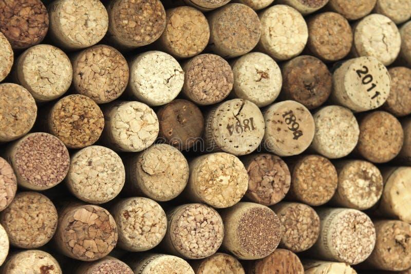 Velen verschillende wijn kurken op de achtergrond royalty-vrije stock fotografie