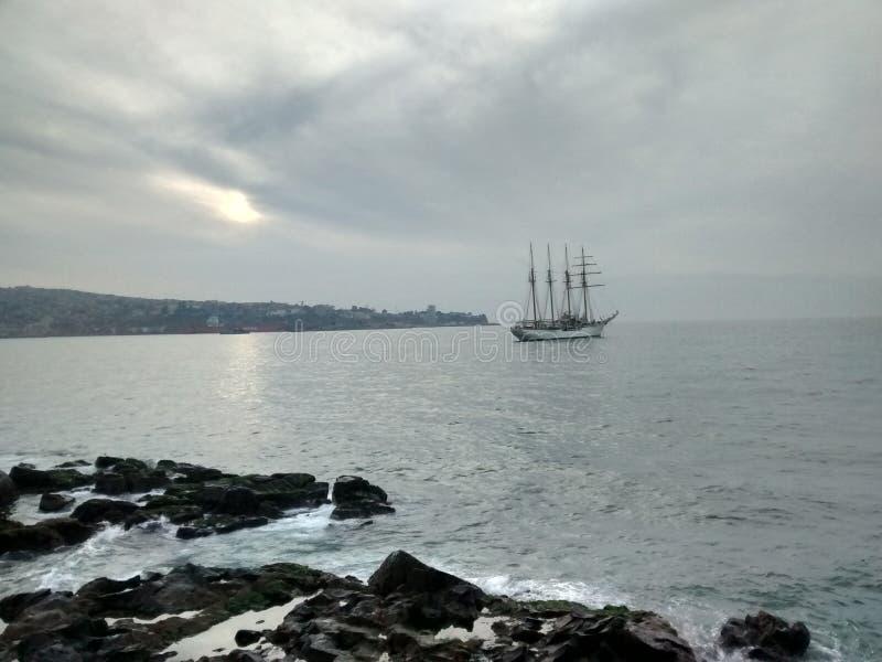 Velero en Valparaiso fotografía de archivo