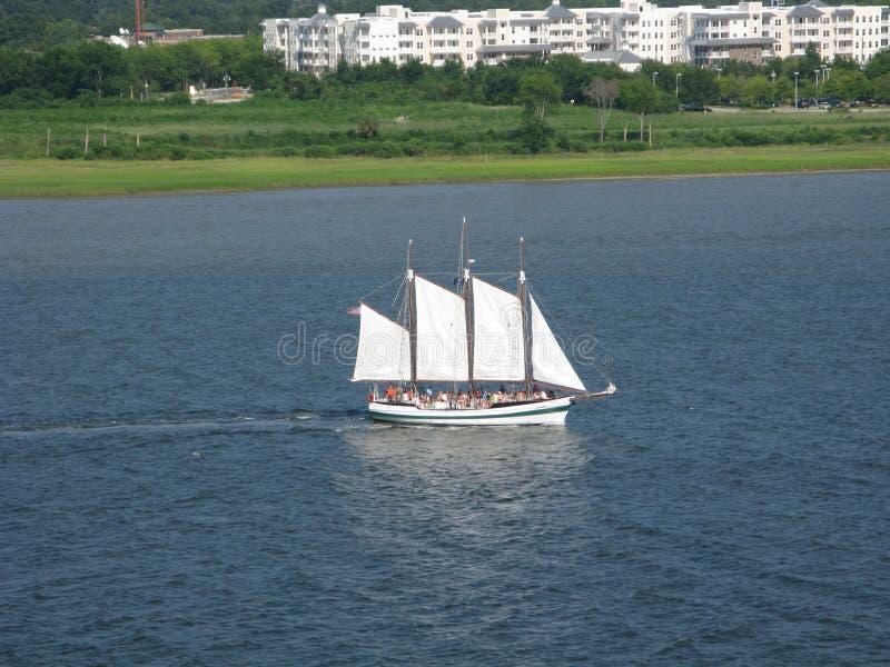 Velero turístico Charleston Harbor South Carolina imagen de archivo libre de regalías