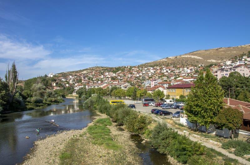 Veles stad i Makedonien royaltyfria bilder