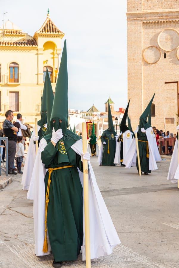 参加队伍的贝莱斯-马拉加,西班牙- 2018 3月29日,人在圣周在西班牙城市 免版税库存图片