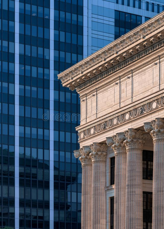 Velho contra o sumário arquitetónico novo de Albany fotografia de stock royalty free