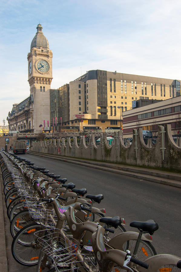 Velib, the public bicycle rental system in Paris stock photography