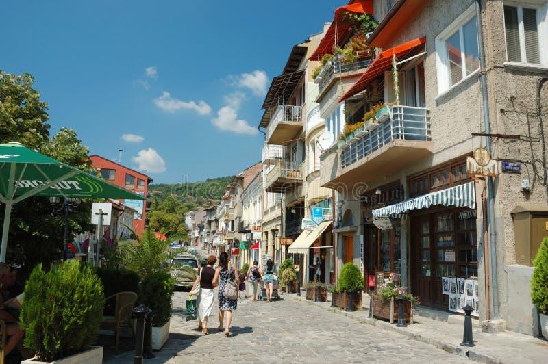 veliko för town för bulgaria gammal gatatarnovo arkivbild