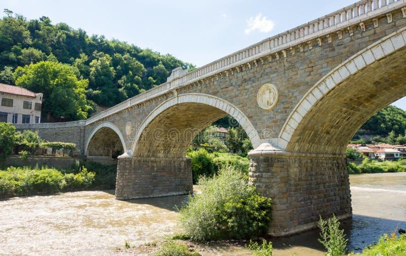 Veliko Tarnovo De oude brug van het steenornament stock afbeeldingen