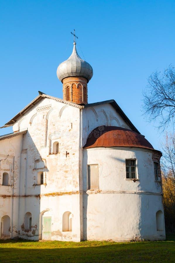 Veliky Novgorod, Ρωσία Υπόθεση της εκκλησίας της Virgin στο μοναστήρι Derevyanitsky στα περίχωρα Veliky Novgorod στοκ φωτογραφίες