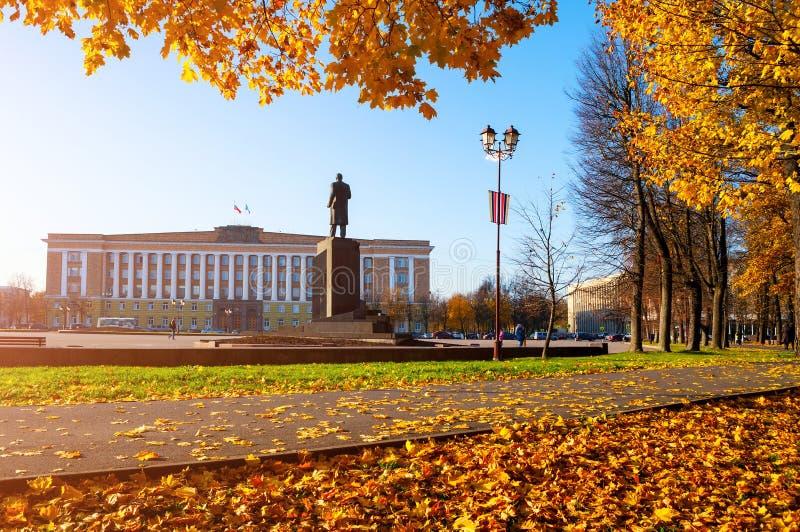 Veliky Novgorod, Rusland Beleid de Bouw van het gebied en het monument van Veliky Novgorod aan Lenin, Rusland De mening van de he stock fotografie